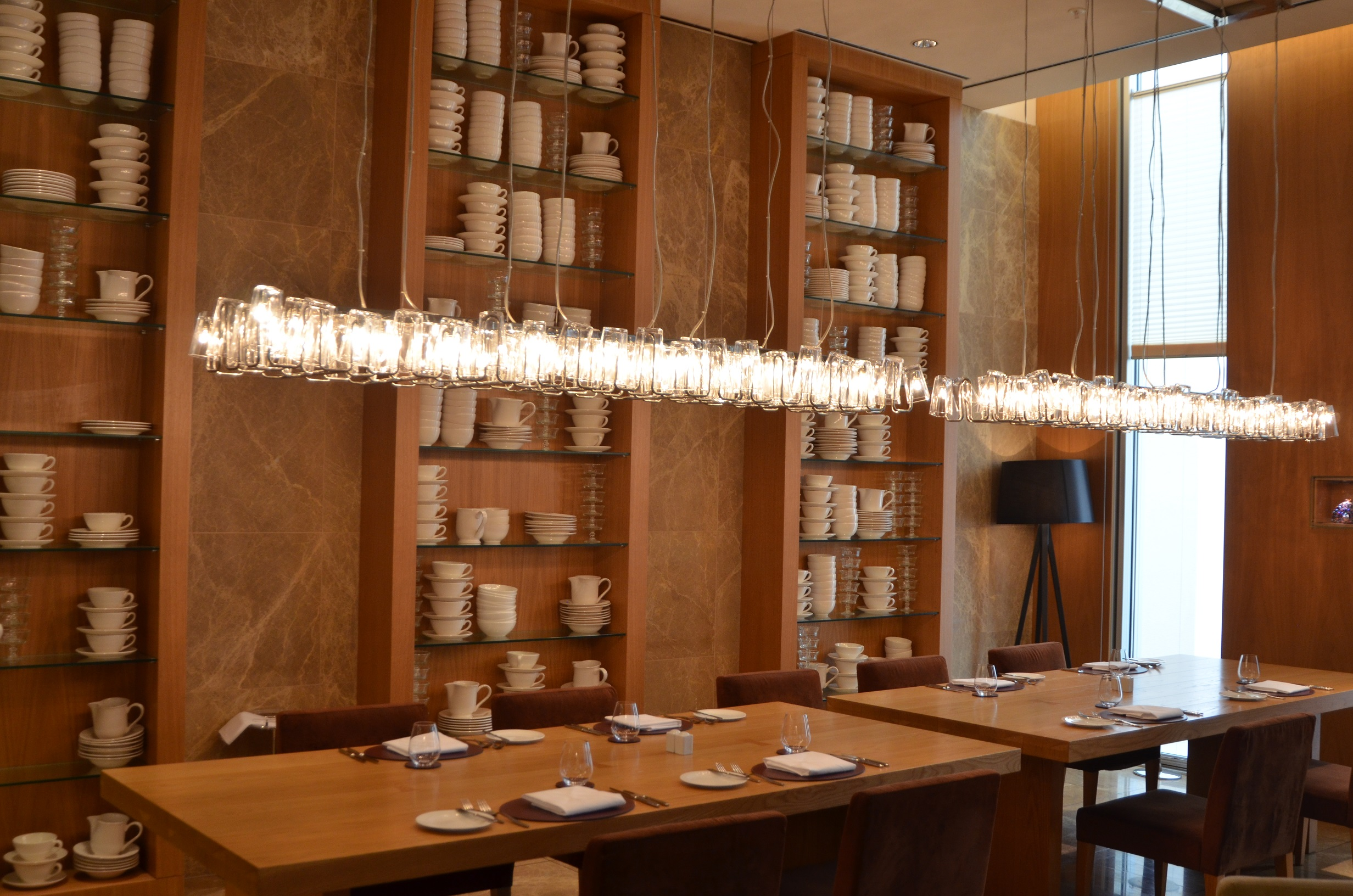 It Is A Show Kitchen Meaning The Completely Open For Viewing Design Of Restaurant Simplistic And Enjoyable Chandelier In
